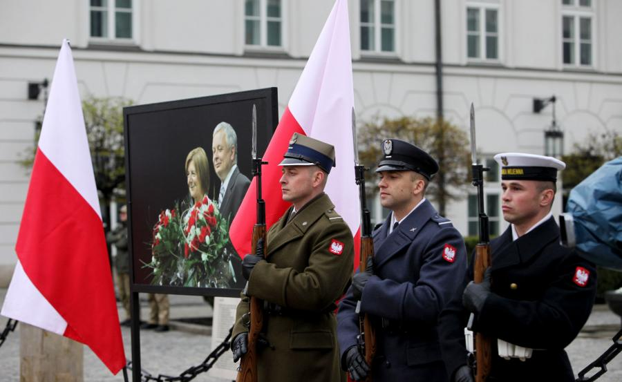 Obchody szóstej rocznicy katastrofy smoleńskiej. 10 kwietnia 2016 r.