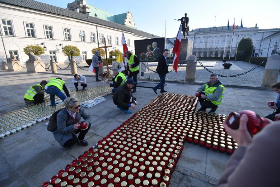 Pałac prezydencki 7. rocznica katastrofy smoleńskiej