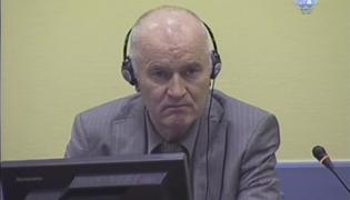 Ratko Mladić w sądzie