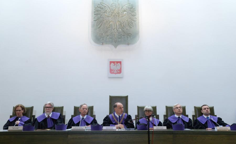 Sędziowie, od lewej: Barbara Skoczowska, Jerzy Grubba, Przemysław Kalinowski, Jarosław Matras, Dorota Rysińska, Zbigniew Puszkarski i Dariusz Kala
