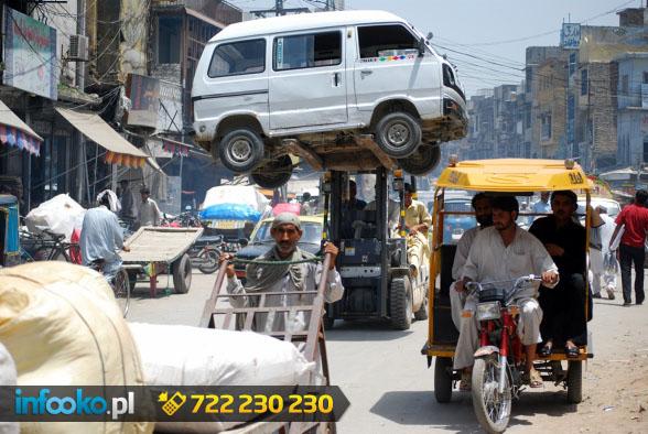 Rawalpindi transport auta na Raja Bazar