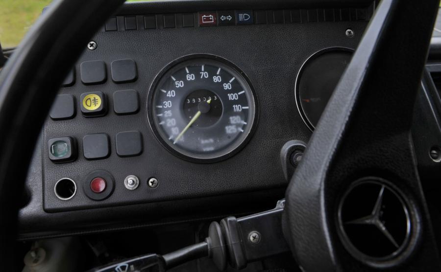 Mercedes T2 L 608 D