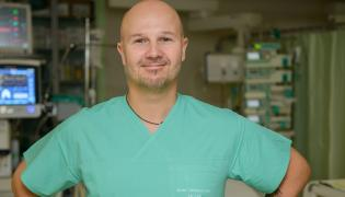 dr Tomasz Kubik, koordynator donacyjny i anestezjolog