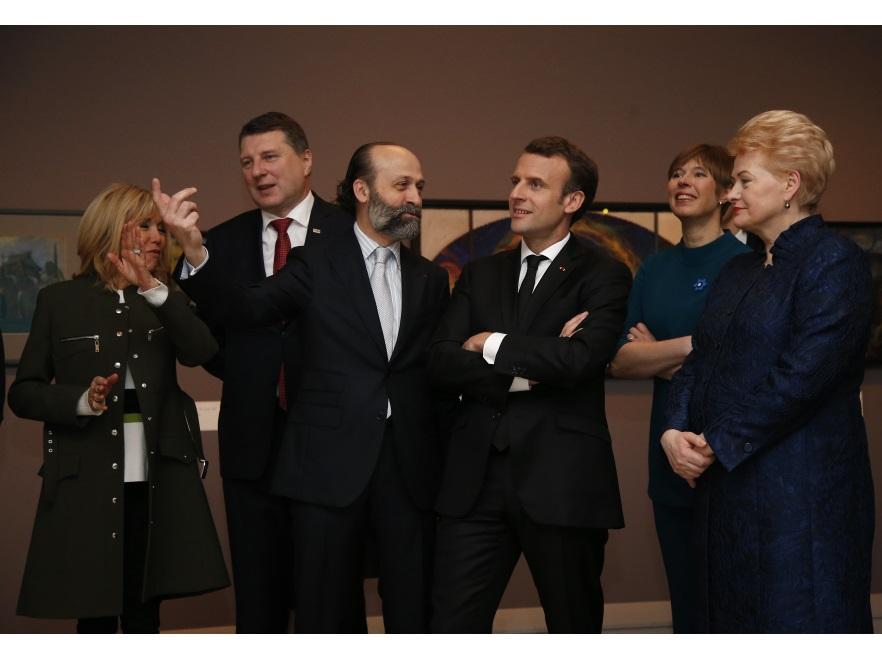 Brigitte Macron z mężem i przywódcami państw bałtyckich