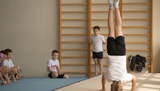 Wnioski z badania: poziom aktywności fizycznej w polskich szkołach wciąż jest zbyt niski