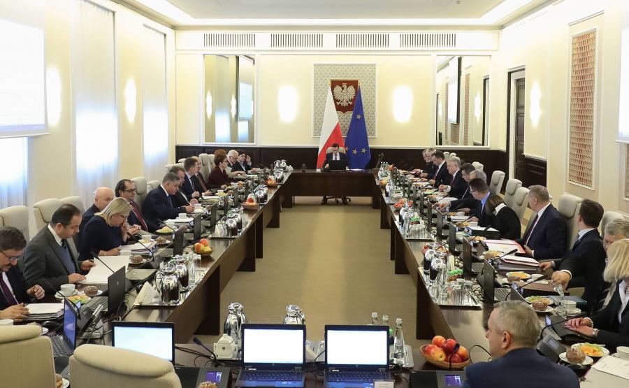 Premier Mateusz Morawiecki i ministrowie