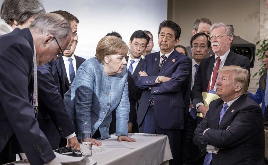 Przywódcy podczas szczytu G7