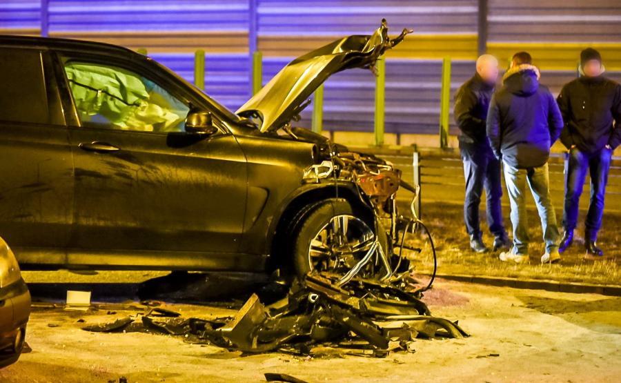 Rozbite BMW X5 należące do Żandarmerii Wojskowej