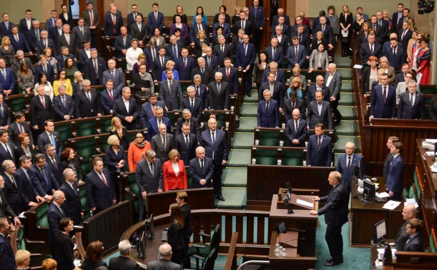 Sejm oddał hołd Pawłowi Adamowiczowi. Na sali zabrakło m.in Jarosława Kaczyńskiego
