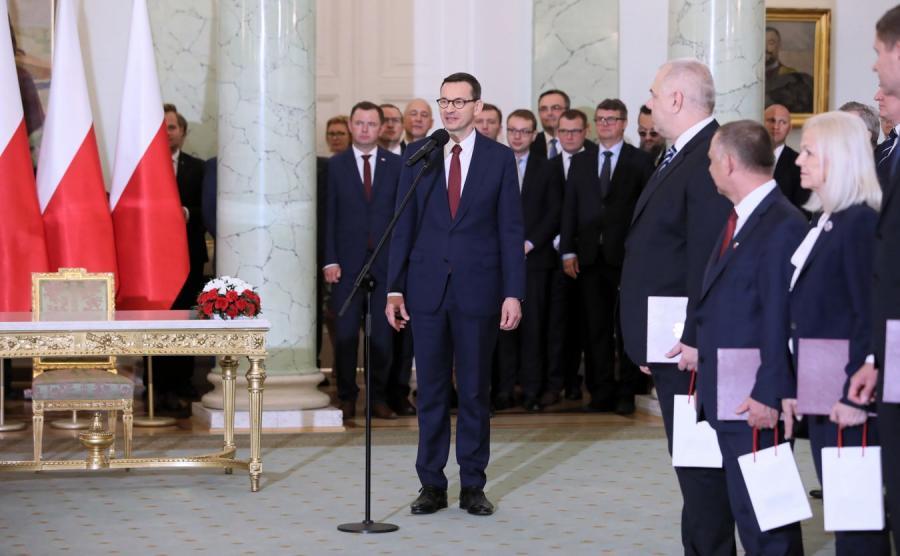 Mateusz Morawiecki i nowi ministrowie