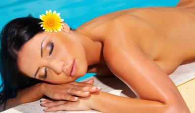 Nie dodawaj perfum do kąpieli słonecznej