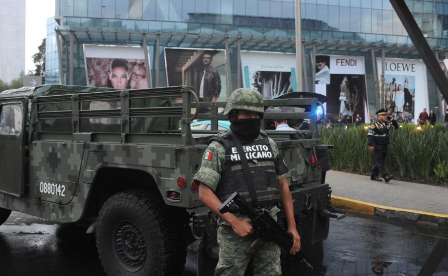 Meksykańska policja na miejscu zbrodni