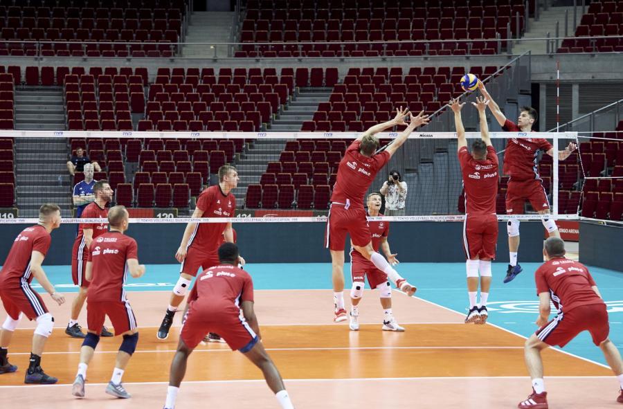 Siatkarze reprezentacji Polski podczas treningu kadry w Gdańku