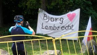 Transparent z napisem Bjorg Lambrecht