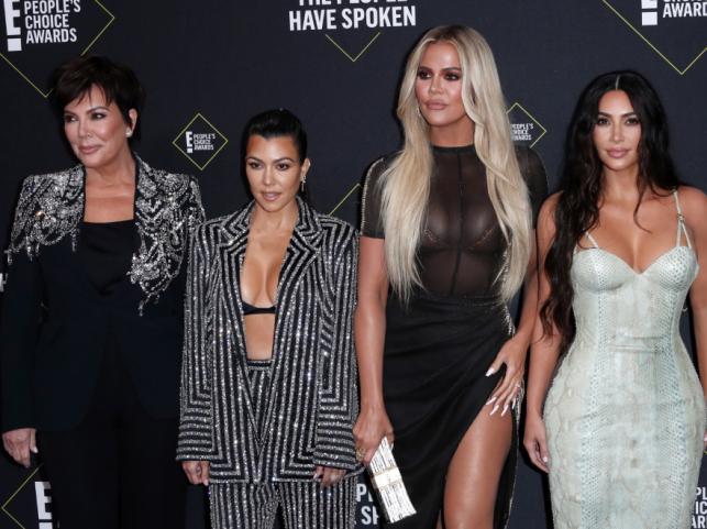 Kris Jenner oraz Kourtney, Khloe i Kim Kardashian