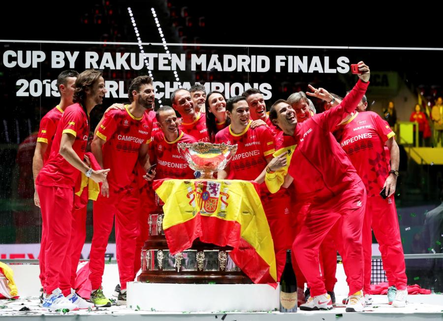 Hiszpanie zdobyli Puchar Davisa