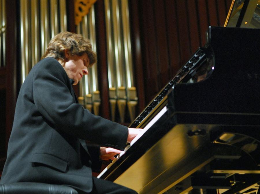 Laureat Konkursu Chopinowskiego zagra dla Paryżan