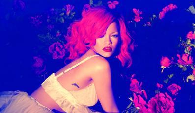 """Rihanna najbardziej """"lubianą"""" gwiazdą na Facebooku"""