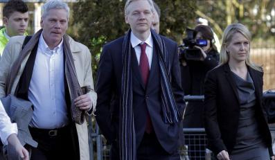 """Assange zgwałcił? """"Ofiary mają ukryte zamiary"""""""