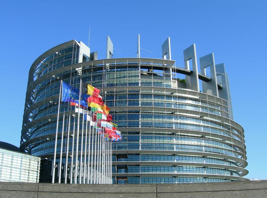 Parlament Europejski przyjął propozycje tzw. sześciopaku