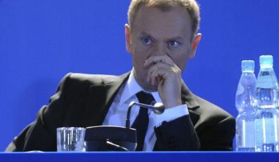 """Tusk przekazuje """"gorzkie gratulacje"""" Kaczyńskiemu"""