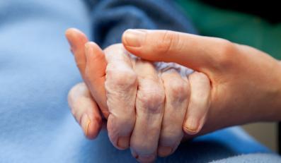 Chorzy na parkinsona bardziej narażeni na dwa nowotwory