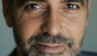 George Clooney pokocha inaczej?