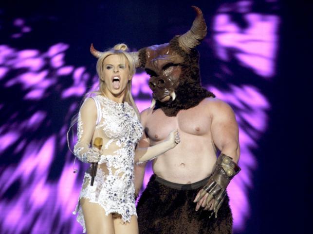 Mimo że Doda nie była w najlepszej formie, jej występ na festiwalu Top Trendy 2011 należy zaliczyć do udanych - gwiazda jak zwykle dała niezłe show!