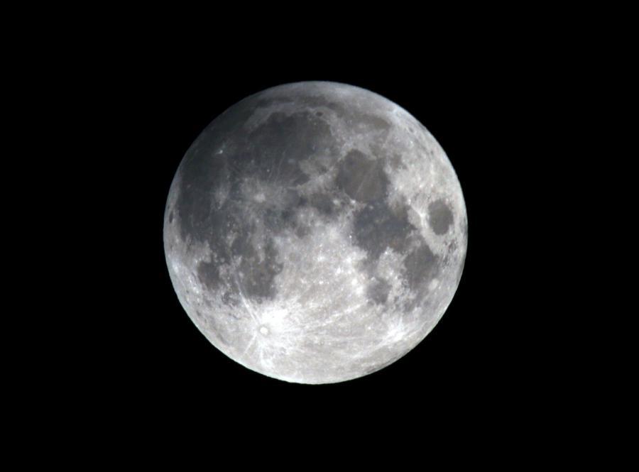 Astronom: Wkrótce na niebie złączenie Księżyca z Jowiszem