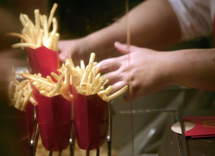 To już pewne! Fast foody powodują nadwagę dzieci