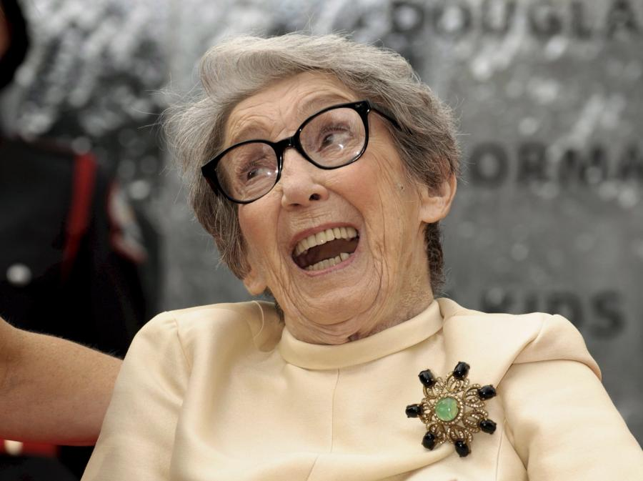 Frances Bay (1919 - 2011)