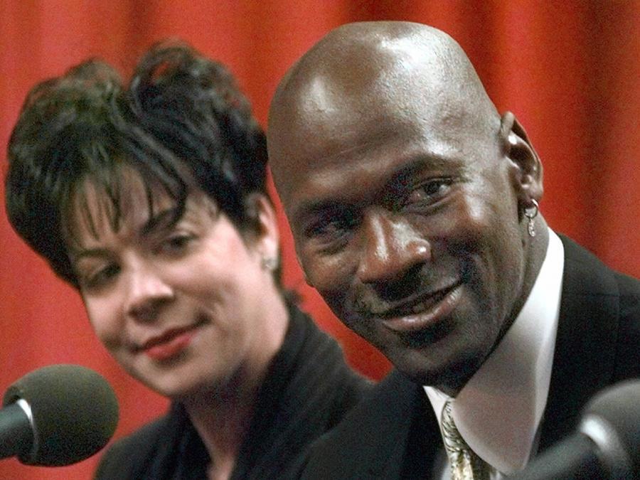 Michael i Juanita Jordan rozwiedli się po 17 latach małżeństwa. Pani Juanita otrzymała od męża 168 milionów dolarów!