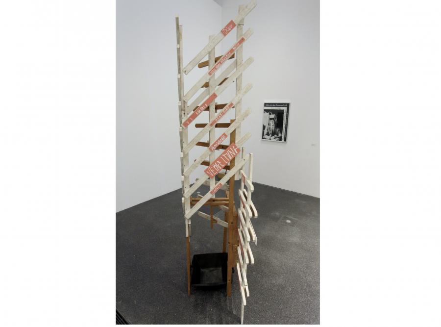 Dzieło Martina Kippenbergera zniszczyła sprzątaczka