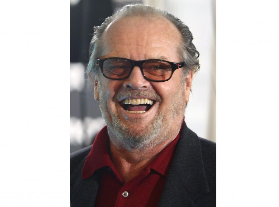 Jack Nicholson. Ma 6 dzieci z 5 różnymi partnerkami. Przyznaje się, że w jego życiu przewinęło się ok. 2000 kobiet