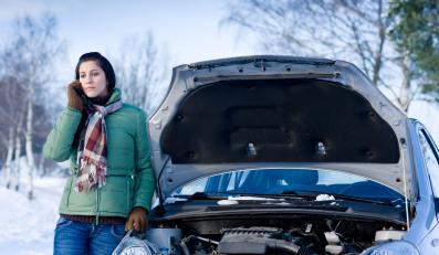 Padło ci auto na mrozie? Co zrobić?