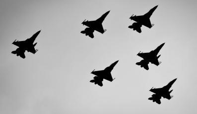 F-16 na pokazie w Radomiu