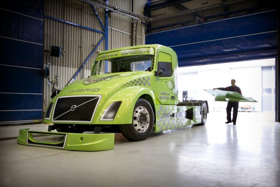Hybrydowa ciężarówka Volvo atakuje rekord prędkości