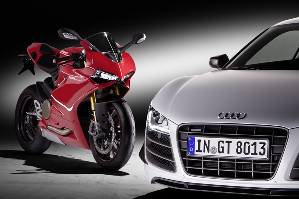 Ducati 1199 Panigale S i Audi R8 GT
