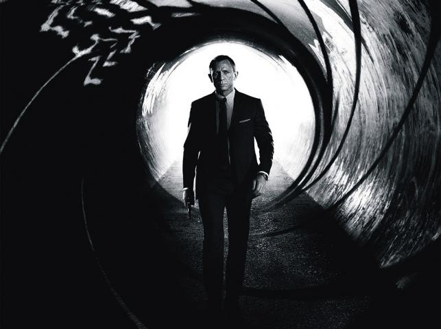 """Daniel Craig w filmie """"Skyfall"""""""