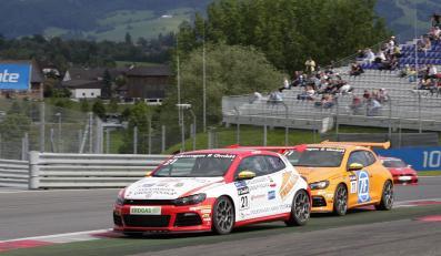 Na podium stanął Adam Gładysz, dla którego drugie miejsce jest jak dotąd najlepszym osiągnięciem w Scirocco R Cup, zwycięzcą został Ola Nilsson.