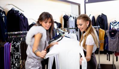 Kobietyna na zakupach