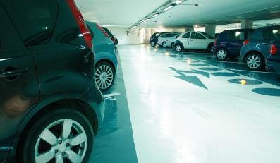 Parking podziemny (zdjęcie ilustracyjne)