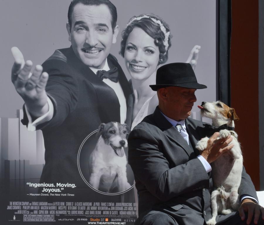 Uggie zostawił odciski swych łap w Hollywood