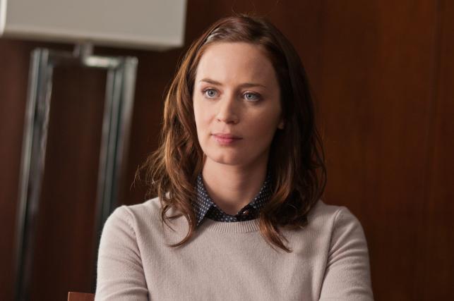 """Emily Blunt w filmie """"Jeszcze dłuższe zaręczyny"""""""