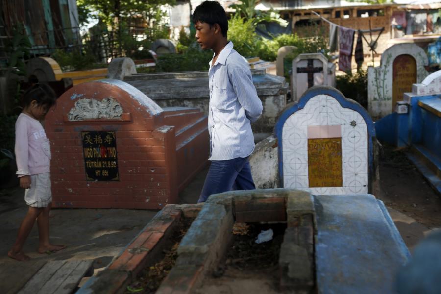 Osiedle na cmentarzu w Phnom Penh