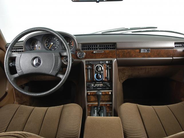 40 lat mercedesa W116