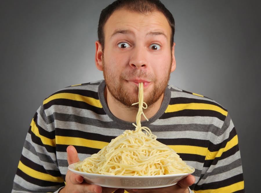 Dbasz o linię? Jedz trzy posiłki dziennie