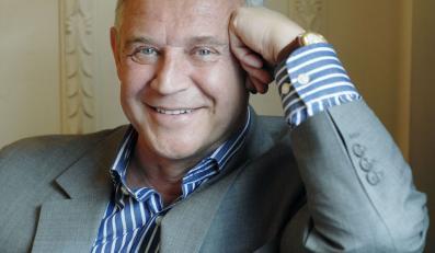 Piękny sześćdziesięcioletni Marek Kondrat