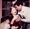 """Jessica Tandy i Rod Taylor w filmie """"Ptaki"""""""