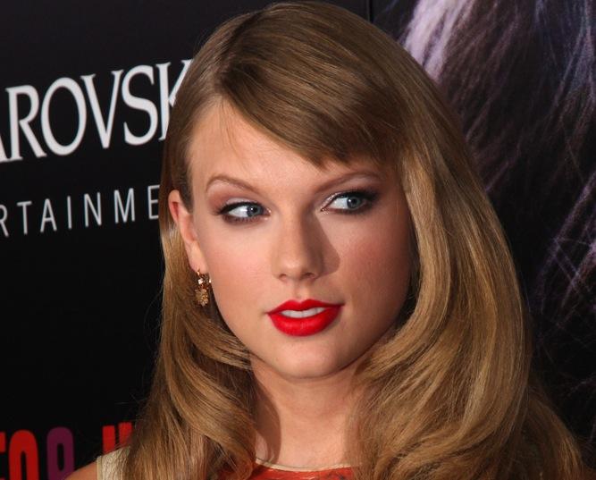 Taylor Swift hipokrytką?